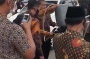 Heboh di Medsos, Video Mobil Dinas Wapres Isi Bensin lewat Jeriken