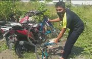 Hindari Jalan Rusak, Pegowes Asal Surabaya Tewas DilindasTruk