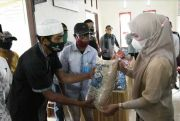 2 Desa di Sabbang Lutra Dapat Bantuan Ribuan Kilogram Benih Padi