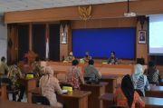 11 anggora Komisi II DPRD Pekalongan Studi Banding Pasar Tradisional di Sleman