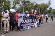 Tolak Otsus, Puluhan Warga Papua Demo di Kemendagri