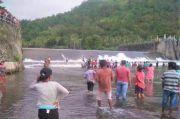 Berenang di Bendungan Bumbung 1 Remaja Hilang, 1 Tewas