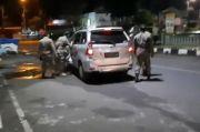 Mobil Bergoyang di Alun-alun Tuban Digerebek, Ada Kondom Bekas Pakai