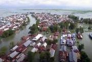 Banjir 7,9 Meter Rendam Pemukiman Warga di Wajo Sulsel, Ribuan Orang Mengungsi