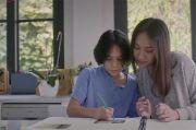 Keluarga dan Pesohor Menangis Usai Dengar Lirik 12 Tahun Terindah BCL