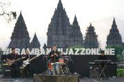 Rio Febrian, Langit Sore, dan Frau Puaskan Puluhan Ribu Penonton Prambanan Jazz Festival