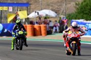 Sebelum Kecelakaan, Marquez Sempat Pecundangi Valentino Rossi