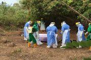 Polisi Jaga Ketat Pemakaman Jenazah COVID-19 di Sikka