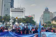Tolak RUU Cipta Kerja, Ratusan Buruh Demo Istana