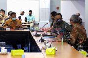 Anies Usul PLN Pasang Panel Surya