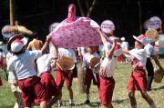 Khofifah Dorong Anak-Anak Jatim Tetap Semangat Raih Cita-Cita di Masa Pandemi