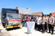 Polda Sulsel Kirim 30 Ton Beras untuk Korban Banjir di Masamba