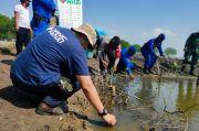 MNC Peduli Ajak Warga Desa Binaan Bersih-bersih di Pantai Bungin Bekasi