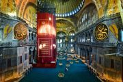 Kemegahan Hagia Sophia Kembali Terpancar dengan Salat Jumat Pertama