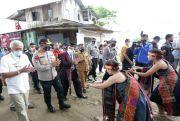 Kapolda Sumut Bantu Benih Ikan dan Jagung untuk Warga Desa Siregar Aen Nalas