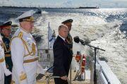 Putin: AL Rusia Bakal Diperkuat Rudal Nuklir Hipersonik