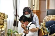 Indah Terharu Dapat Bantuan dari Forum Anak Kabupaten Barru
