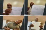Tyson sambil Merokok, Jones Semringah Pamer Surat Kontrak Duel