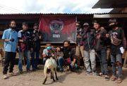 Komunitas Motor Makassar Perkuat Silaturahmi dengan Berbagi Daging Kurban