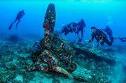 Tim Selam Temukan Puing Pesawat PD II di Tanjung Demoy Papua
