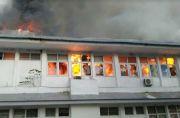 Gubernur Minta Kadinkes Cari Tahu Penyebab Kebakaran Kantor Dinkes Sulsel
