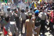 Demo Penyelesaian Banjir di Kota Sorong Ricuh, 2 Polisi Terluka