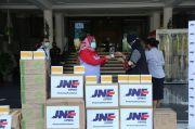 JNE Kirim Bantuan Masker Bedah ke Surabaya untuk Tangani COVID-19