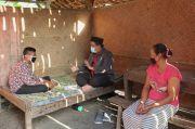 Kisah Guru MTs di Grobogan Rela Naik-Turun Bukit Sambangi Rumah Siswa