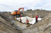 Tanggul Darurat Sungai Masamba Pakai Metode Perkuatan Geotextile