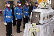 Dilepas di Balairung, Rektor UGM: Cornelis Lay Nasionalis Murah Senyum