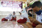 Hore! Siswa Kurang Mampu di Makassar Dapat Pinjaman Gawai untuk Belajar