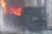 Sopir Truk BBM Terbakar Dilarikan ke Rumah Sakit