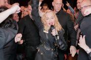 Madonna Libatkan Penulis Juno Diablo Cody untuk Buat Biopik?