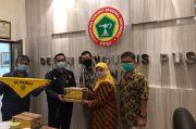 Peduli Perawat Indonesia, UI Salurkan Ribuan Botol Hand Sanitizer dan Alat Kebersihan Diri