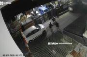 Brutal! 2 Orang Dibacok Pria Tak Dikenal di Cipedes Tengah Bandung