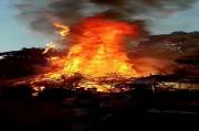 Kampung Situs Deke di Sumba Barat Ludes Diamuk Jago Merah