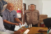 Dokkes Polda Kepri Dapat Bantuan Masker dan Hand Sanitizer