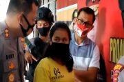 Wanita Ini Rekam Aksi Pencabulannya Terhadap Bayi dengan Botol Parpum