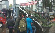 Hujan Disertai Angin Kencang di Cimahi, 1 Billboard dan 9 Pohon Tumbang