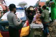 Ambulans Patah As, Ibu Mau Melahirkan Sudah Pecah Ketuban Dievakuasi Polisi