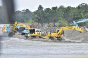 Tanggul Geotextile Juga Dipasang di Sungai Rongkong