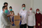 FK UGJ Cirebon Dapat Bantuan Mesin Ekstraksi Otomatis Swab COVID-19