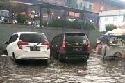 Hujan Sebentar, Jalan Depan Pasar Panorama Lembang Selalu Banjir