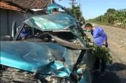 Perlintasan Terlambat Ditutup, 3 Penumpang Minibus Tewas Disambar KA