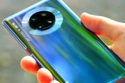 Seri Huawei Mate 40 Gunakan Teknologi Liquid-Camera