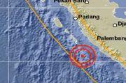 Bengkulu Diguncang Gempa 6,9 SR Dirasakan hingga Liwa Lampung
