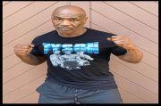 Tak Peduli Duelnya Ditunda, Mike Tyson Pamer Tubuh Sixpack