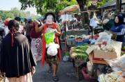 Tak Rela Surabaya Kembali Merah, Besut-Rusmini Datangi Pasar Krempyeng Karang Menjangan