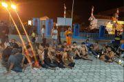 Kapal Nelayan Tenggelam di Perairan Teluk Semaka, 23 ABK Selamat