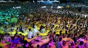 Viral, Wuhan Gelar Pesta Besar di Kolam setelah Bebas dari Covid-19
